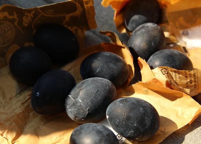 black chicken eggs